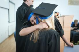 graduation-2038864_640